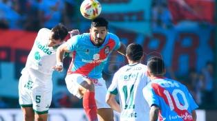 Arsenal le ganó a Sarmiento y volvió a la Superliga