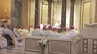 """Obispos argentinos inician la visita """"ad limina"""" al Vaticano recordando a Angelelli"""