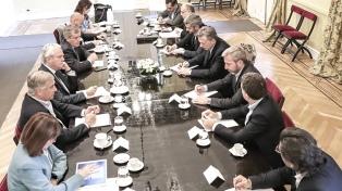 Macri encabeza una reunión de gabinete en la Casa Rosada