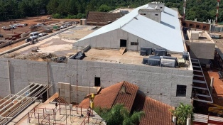 Invierten $ 2.300 millones en la renovación del aeropuerto de Iguazú