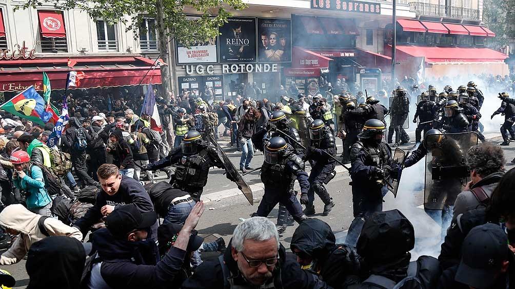 FRANCIA: Más de 160 detenidos en la marcha por el Día del Trabajador