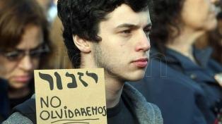 Buscarán capacitar a alumnos y padres sobre el Holocausto