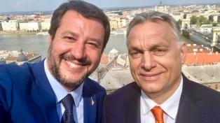 """Salvini arremete contra la """"izquierda gobernante"""" junto al primer ministro de Hungría"""