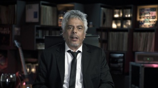 """Bobby Flores presenta """"Re"""", un noticiero de música por la TV Pública"""
