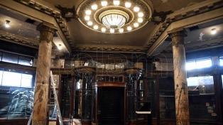 Muestran al público los avances en la restauración de la Confitería del Molino
