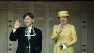 El emperador Naruhito llamó a la paz mundial en su primer saludo