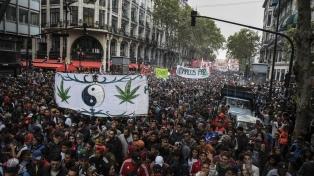 Miles de personas marcharon al Congreso por la legalización de la marihuana
