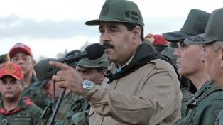 """Maduro autoriza a las Fuerzas Armadas a responderle a Duque """"como se merece"""""""