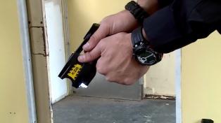 Capacitarán a fuerzas de seguridad federales en el uso de pistolas Taser