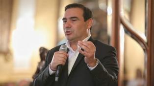 Valdés anticipó que pedirá a Fernández que complete el incremento de la coparticipación federal