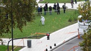 Buscan más balas en la Plaza de los Dos Congresos