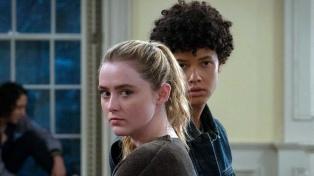 """""""The Society"""", una serie que interpela las reglas en una sociedad de adolescentes"""