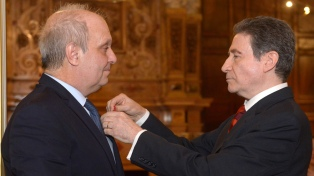 Hernán Lombardi fue condecorado con la Orden Nacional de la Legión de Honor francesa