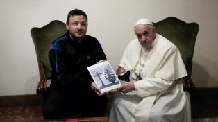 Alejandro Marmo volvió con sus obras a los Museos Vaticanos y al aeropuerto de Roma