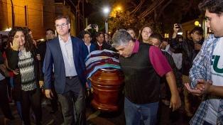 Inhumaron los restos del diputado Olivares en Villa Mazán