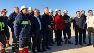 Macri recorrió con Vidal una nueva terminal de cargas en el puerto de Campana