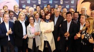 El PJ nacional se reúne con partidos opositores para el armado de un frente electoral