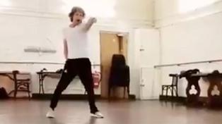 Mick Jagger saltó y bailó a un mes de su operación de corazón