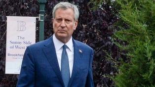 """El alcalde de Nueva York se postula para """"frenar"""" a Trump"""