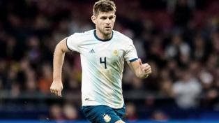 Kannemann se lesionó la columna y es duda para Brasil