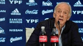 """Menotti: """"Estoy feliz por conocer a Messi, uno de los cinco grandes de la historia"""""""
