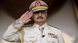Hafter descarta la tregua propuesta por Macron y promete tomar Trípoli
