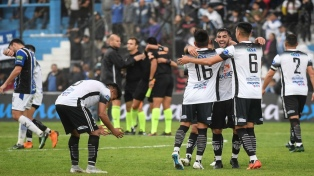Central Córdoba le ganó a Almagro por el segundo ascenso