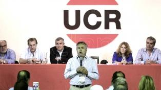 La Convención Nacional de la UCR debate su permanencia en Cambiemos