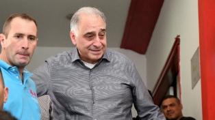 """Huracán definirá """"esta semana"""" el nombre de su nuevo entrenador, según Nadur"""