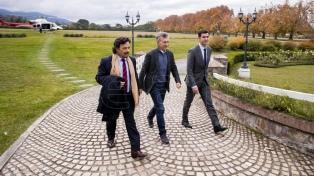 El Presidente se reunió con Urtubey y el intendente de Salta
