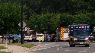 Al menos 12 muertos tras un tiroteo en oficinas municipales de Virginia Beach