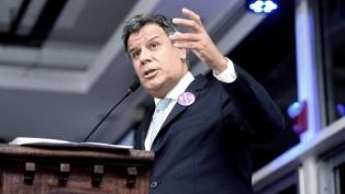 """Manes pidió """"seguir el compromiso"""" de Francisco """"con los más vulnerables"""""""