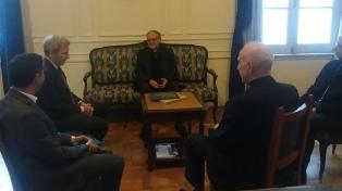"""Gobierno e Iglesia coincidieron en la necesidad de """"seguir buscando acuerdos y consensos"""""""
