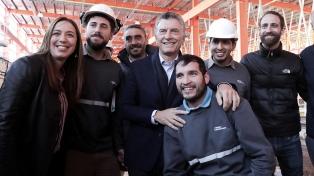 Macri inaugura el Metrobus de Quilmes y se reúne con Gustavo Valdés
