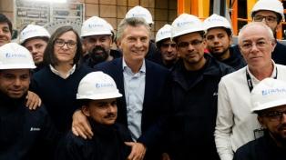 """""""Es un orgullo enorme ver que donde antes había abandono, hoy hay trabajo"""", dijo Macri en FAdeA"""