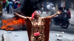 La capital, paralizada por la huelga tras los siete muertos en las protestas