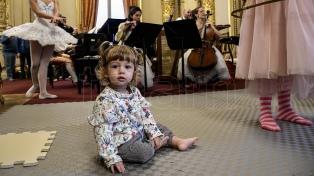 El Colón para bebés, una nueva experiencia sensorial del teatro