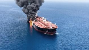 Emiratos dice que no hay pruebas para culpar a Irán del ataque a los buques