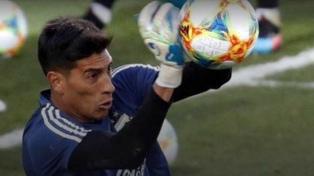 El arquero Andrada fue desafectado del seleccionado por su lesión