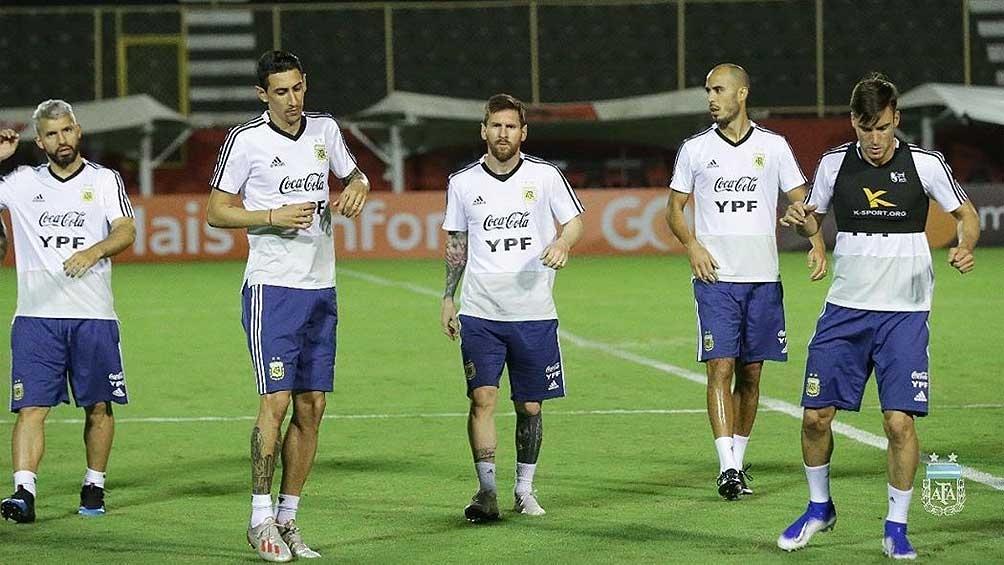 Messi, junto a Agüero, Di María, Pizarro y Tagliafico