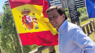 La derecha vuelve al gobierno de Madrid con apoyo de la ultraderecha