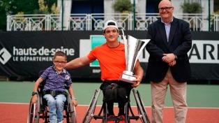 Gustavo Fernández conquistó otro torneo en París