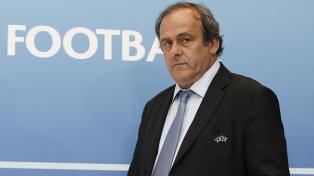 La detención de Platini renovó el escándalo de corrupción en la FIFA
