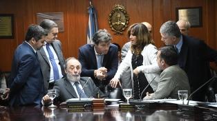 El oficialismo buscará desestimar denuncias contra Bonadio y Canicoba Corral