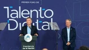 """Macri llamó a """"mirar al futuro con los pies en el presente"""" al lanzar becas de capacitación digital"""