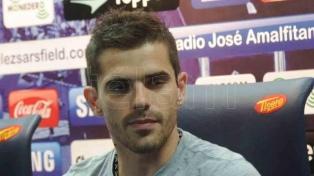 Tras su grave lesión, Gago acordó su llegada a Vélez