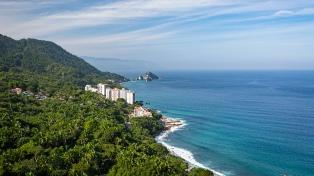 El pacífico mexicano, alternativa al sargazo que afecta la costa del Caribe