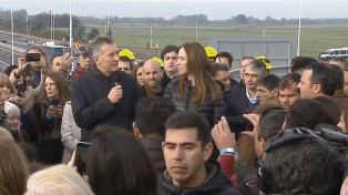 """Macri: las obras cuestan """"un 40% menos"""" por """"licitaciones transparentes"""""""