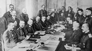 A cien años del Tratado de Versalles, la excusa de Hitler en la Segunda Guerra Mundial