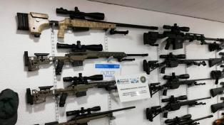 """Los 21 detenidos por el """"Operativo Palak"""" son aficionados a las armas que practican tiro"""